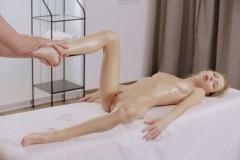 eroticka-masaz-057
